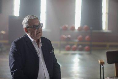 Владислав Медяник на съемках клипа