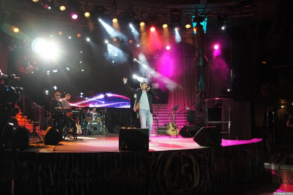 Николай Котрин на сцене XIX фестиваля памяти Аркадия Северного 11