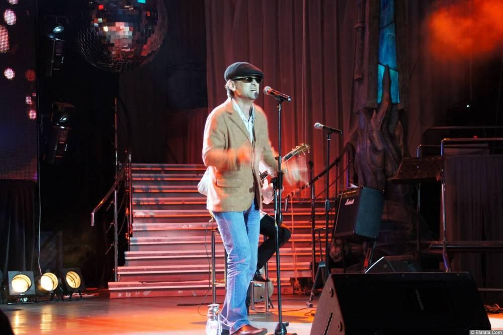Виталий Кочетков на сцене XIX фестиваля памяти Аркадия Северного 14
