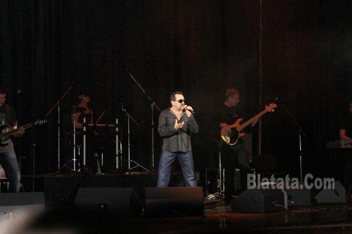 """Концерт группы """"Бутырка"""" в Калининграде. Владимир Ждамиров на сцене 11"""