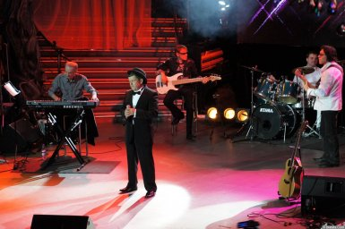 Евгений Любимцев на сцене XIX фестиваля памяти Аркадия Северного 9