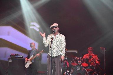 Юрий Михайличенко на сцене фестиваля