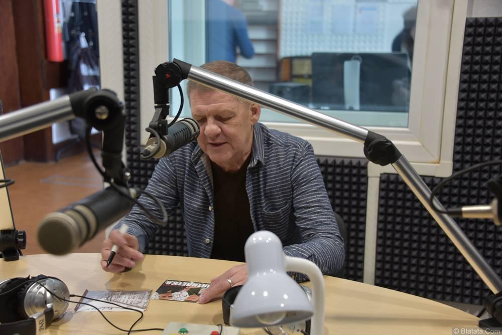 Валерий Волошин, группа Пятилетка в студии