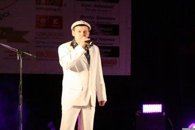 Юрий Белоусов 13 декабря 2008 года на фестивале Хорошая песня 4