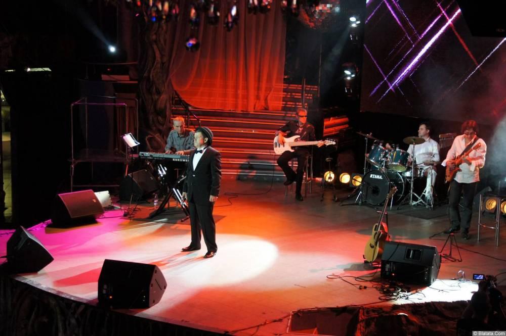 Евгений Любимцев на сцене XIX фестиваля памяти Аркадия Северного 13