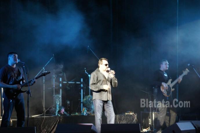 """Концерт группы """"Бутырка"""" в Калининграде. Владимир Ждамиров на сцене 5"""