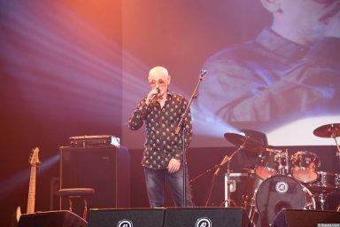 Григорий Заречный на концерте Новое и лучшее 30 ноября 2015 года поет сольно