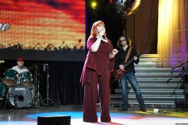 Олеся Атланова живьём на концерте 2013 года