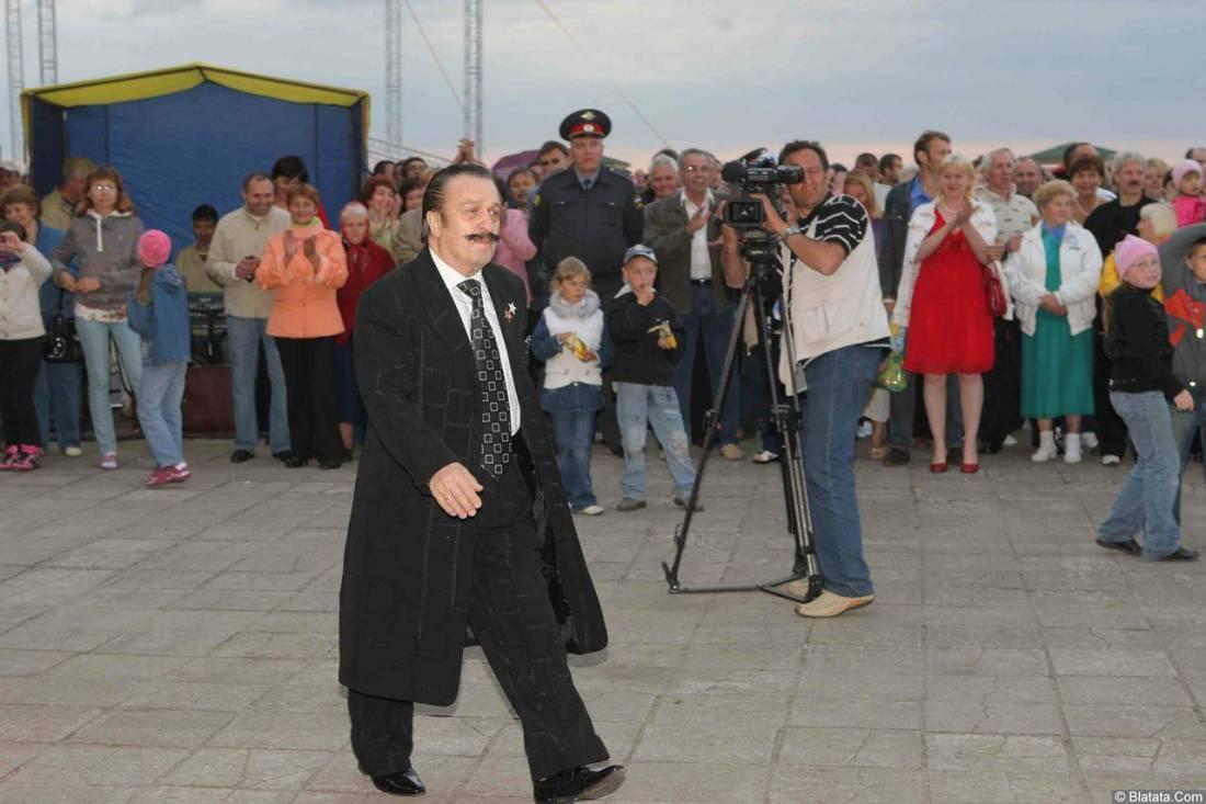 Вилли Токарев на сцене 4