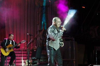 Алексей Дулькевич на сцене XIX фестиваля памяти Аркадия Северного 2