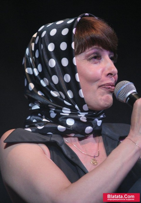 Татьяна Кабанова на сцене фестиваля шансона 3