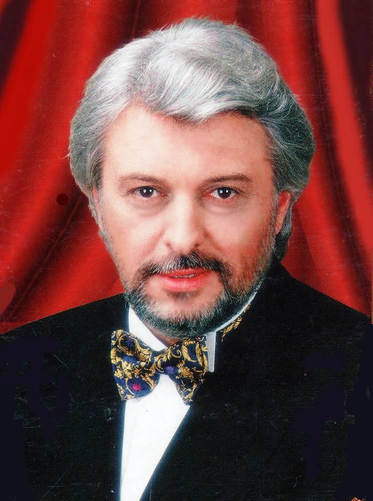 Вячеслав Добрынин с бабочкой