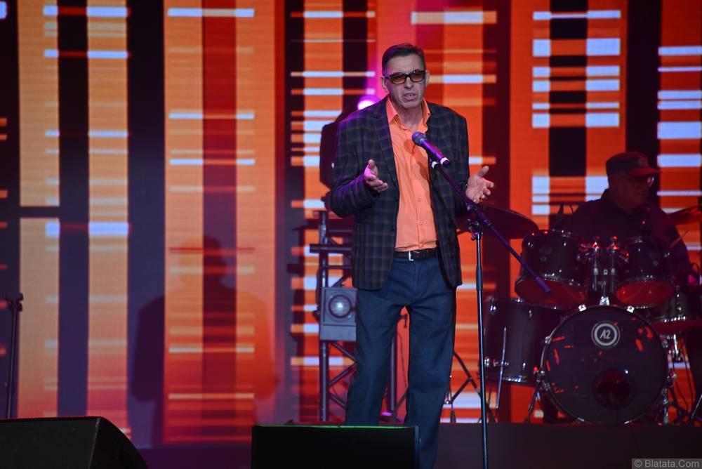 Евгений Алтайский на сцене