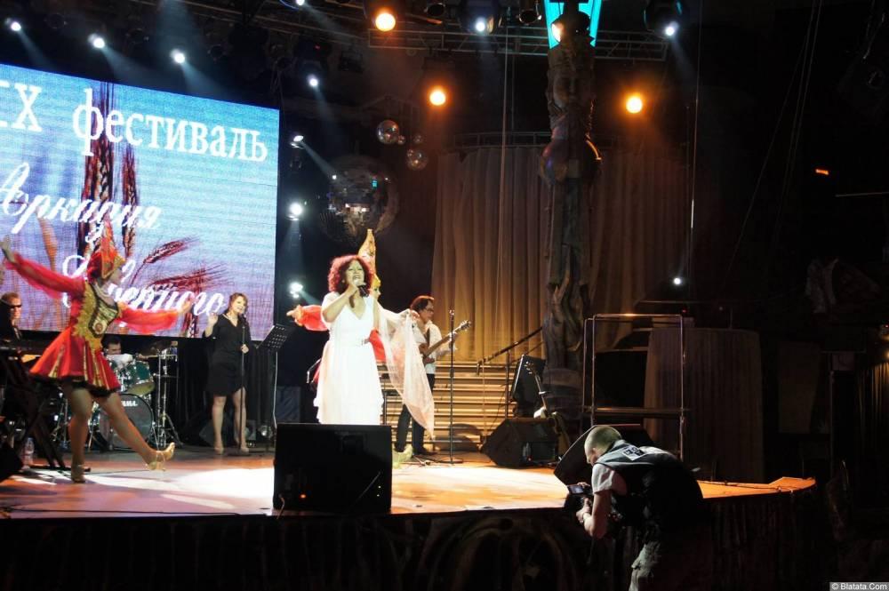 Ирина Каспер фото с XIX фестиваля памяти Аркадия Северного 12