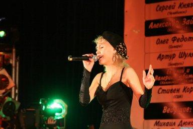 Юлия Андреева 13-14 декабря 2008 года на фестивале Хорошая песня 12