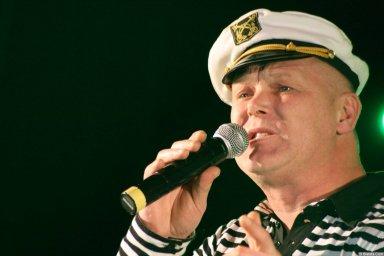 Саша Адмирал 13-14 декабря 2008 года на фестивале Хорошая песня 11