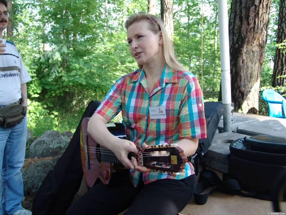 Галина Хомчик за сценой Ильменского фестиваля 2006 года