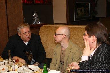 Геннадий Жаров, Владимир Шиленский и Виктор Третьяков за столом
