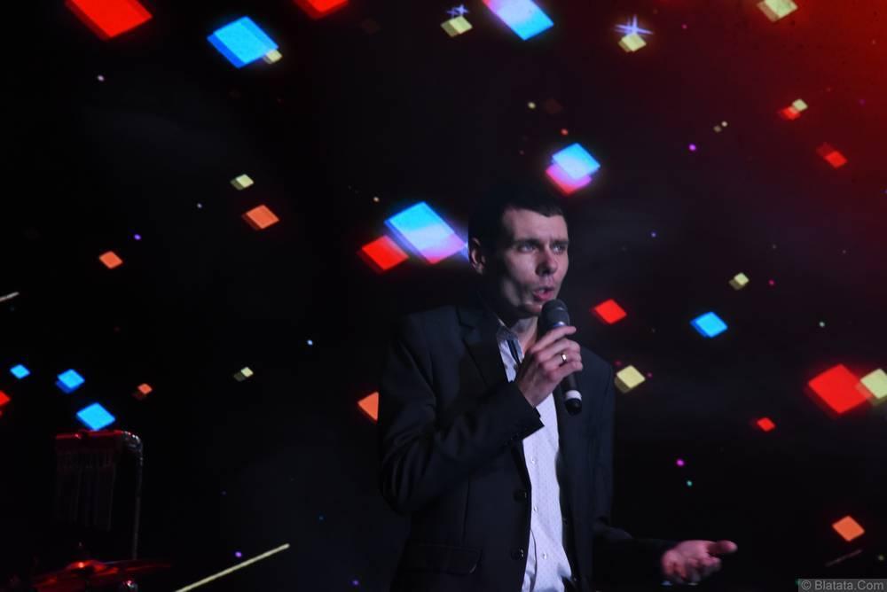 Максим Апрель на втором фестивале шансона