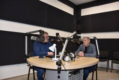 Валерий Волошин, группа Пятилетка и Михаил Дюков в студии