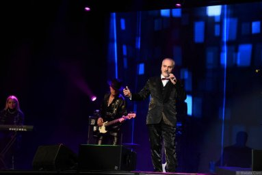 Иосиф Гамрекели на сцене второго фестиваля шансона имени Александра Фрумина