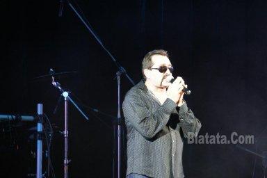 """Концерт группы """"Бутырка"""" в Калининграде. Владимир Ждамиров на сцене 10"""
