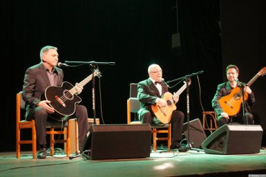 Алексей Авдеев с музыкантами на концерте 21 января 2015 года