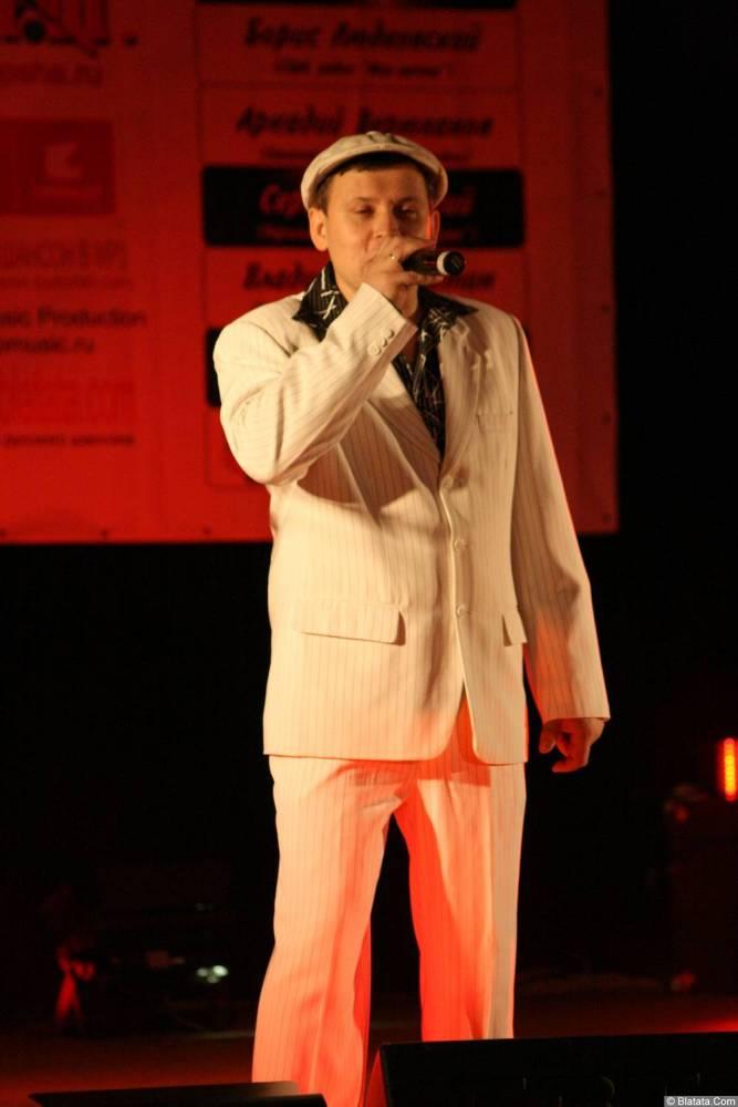 Юрий Белоусов 13 декабря 2008 года на фестивале Хорошая песня 9
