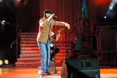 Виталий Кочетков на сцене XIX фестиваля памяти Аркадия Северного 8