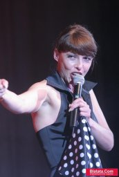 Татьяна Кабанова на сцене фестиваля шансона 1