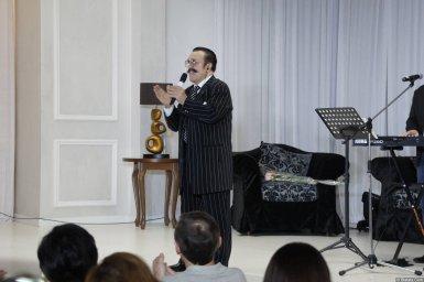 Вилли Токарев на концерте в Калининграде