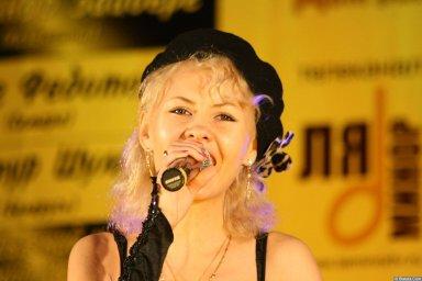 Юлия Андреева 13-14 декабря 2008 года на фестивале Хорошая песня 6