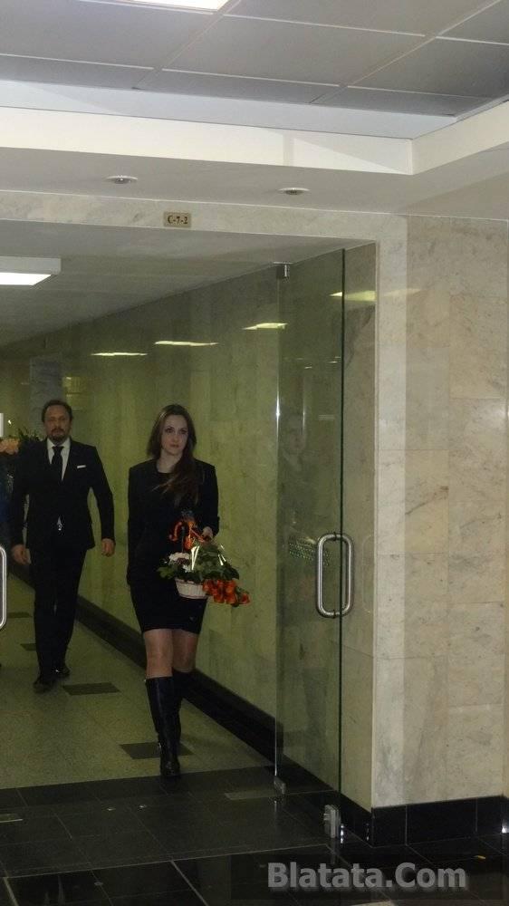 Стас Михайлов с телохранительшей