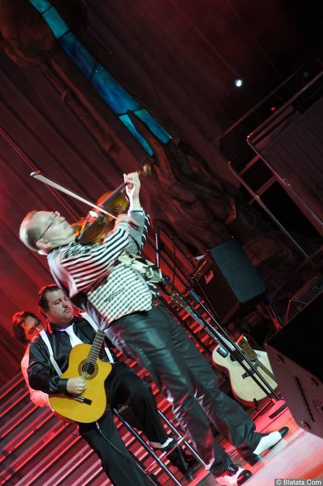 Алексей Дулькевич на сцене XIX фестиваля памяти Аркадия Северного 4