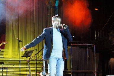 Николай Котрин на сцене XIX фестиваля памяти Аркадия Северного 3