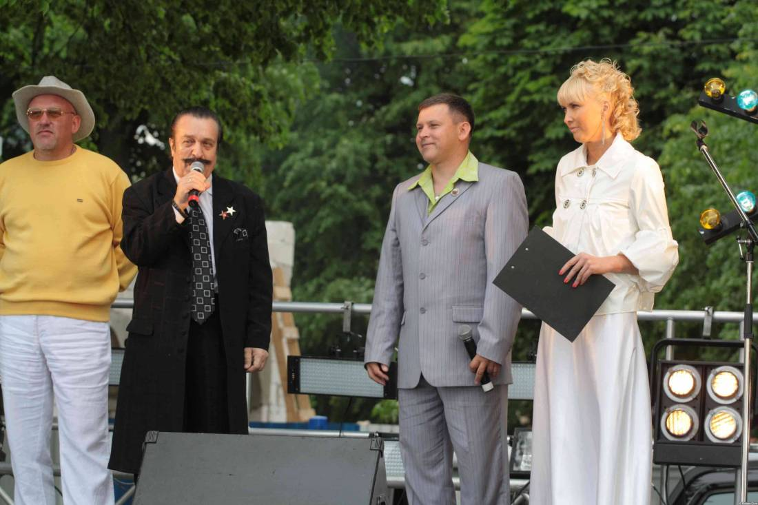 Вилли Токарев на сцене 3