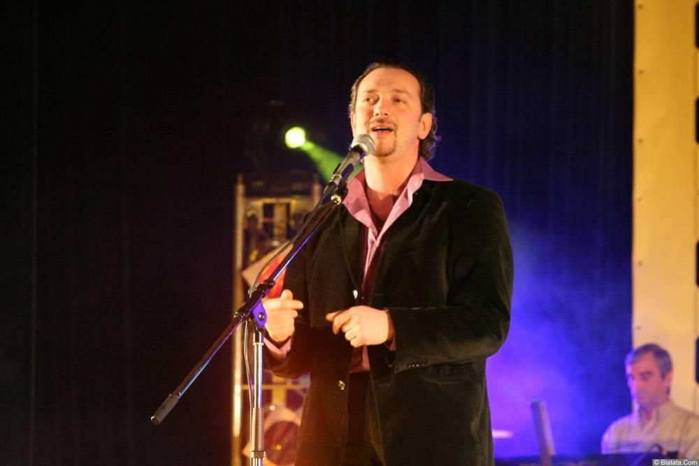 Виталий Волин 13-14 декабря 2008 года на фестивале Хорошая песня 16