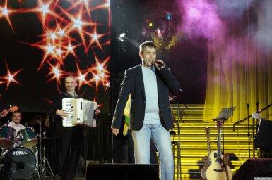 Николай Котрин на сцене XIX фестиваля памяти Аркадия Северного 4