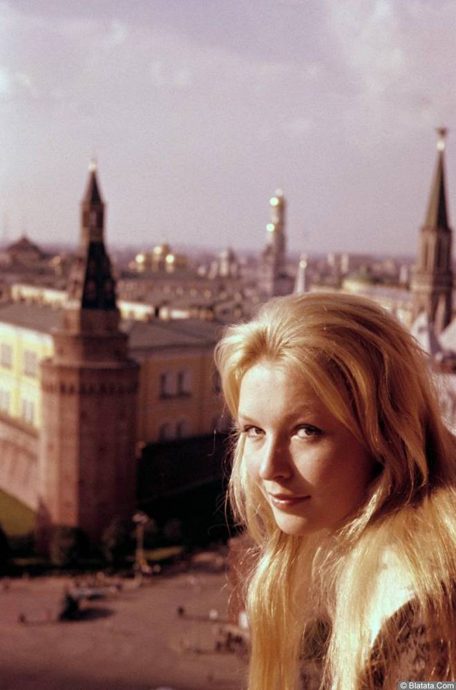 Марина Влади в Москве 1