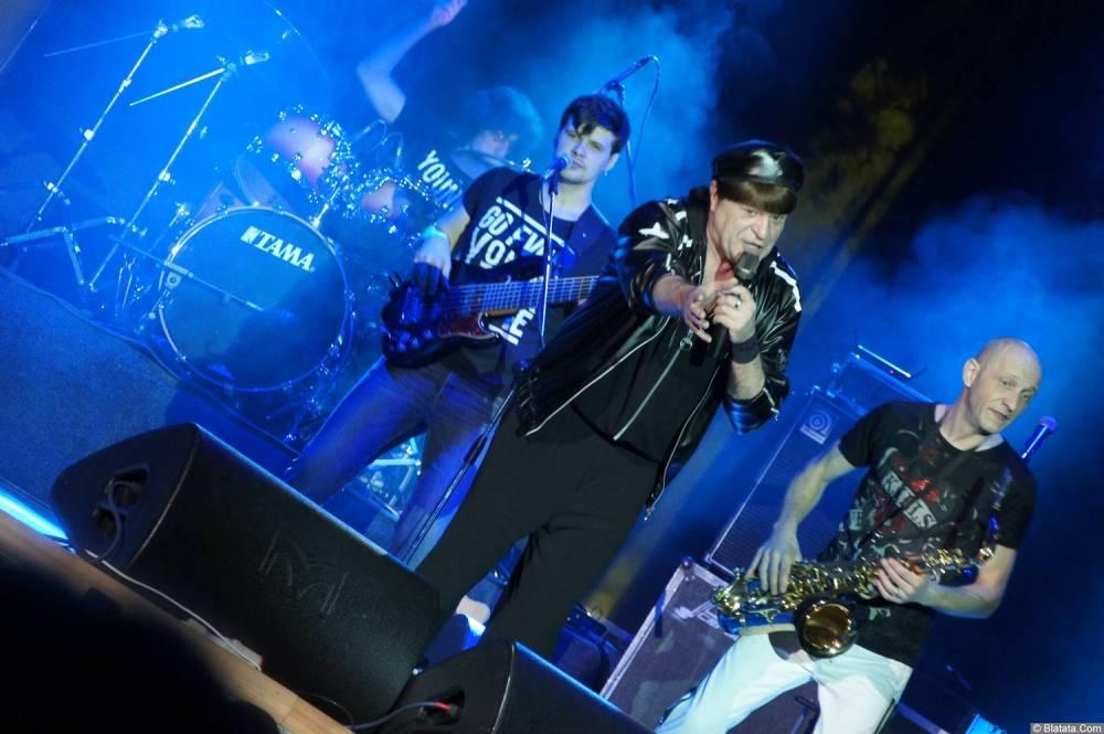 Виктор Королев выступает на концерте 10 ноября 2015 года