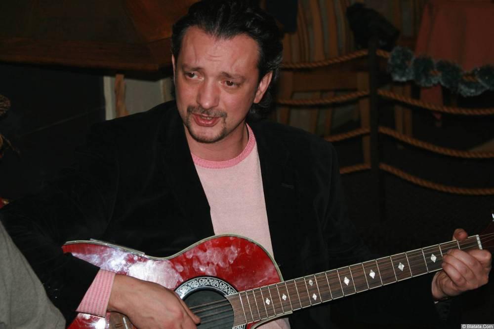 Виталий Волин 13-14 декабря 2008 года на фестивале Хорошая песня 8