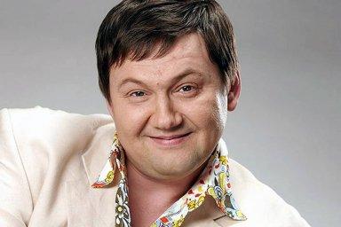 Игорь Слуцкий в концертном костюме