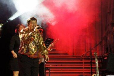 Владимир Стольный на сцене XIX фестиваля памяти Аркадия Северного 1