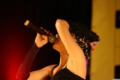 Юлия Андреева 13-14 декабря 2008 года на фестивале Хорошая песня 5