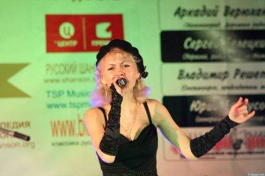 Юлия Андреева 13-14 декабря 2008 года на фестивале Хорошая песня 20