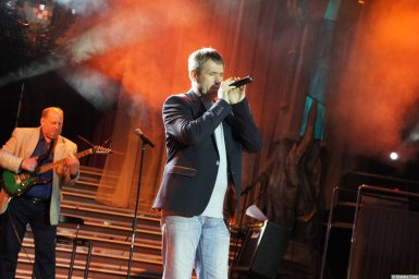 Николай Котрин на сцене XIX фестиваля памяти Аркадия Северного 7