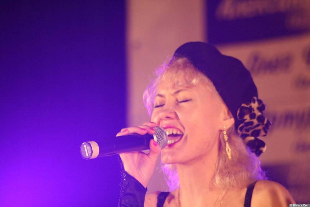 Юлия Андреева 13-14 декабря 2008 года на фестивале Хорошая песня 2