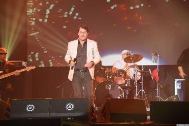 Владимир Черняков на концерте Новое и лучшее 30 ноября 2015 года в Санкт-Петербурге