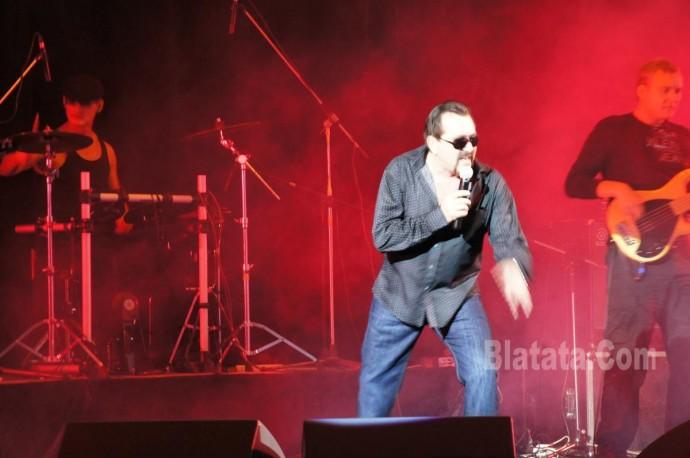 """Концерт группы """"Бутырка"""" в Калининграде. Владимир Ждамиров на сцене 2"""