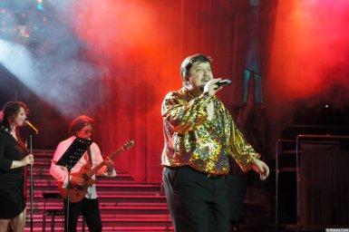 Владимир Стольный на сцене XIX фестиваля памяти Аркадия Северного 5